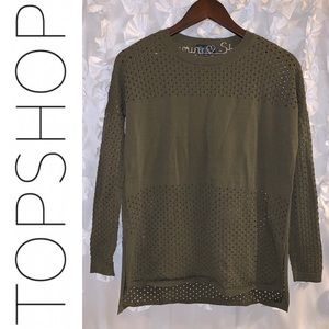 EUC {TOPSHOP} Hi-Low Vented Hem Mesh Sweater